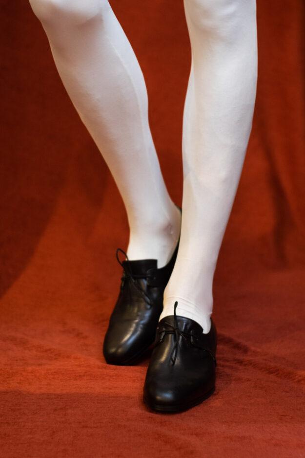 calzatura nero con lacci nicolao atelier 5