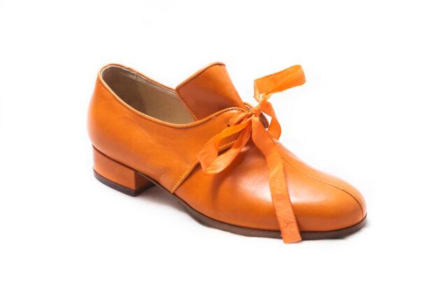 calzatura arancio nicolao atelier 3