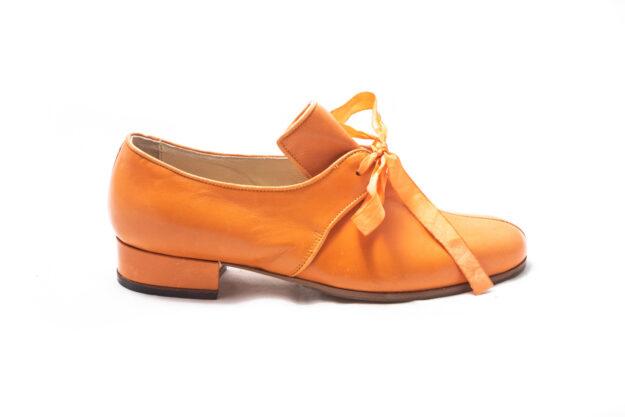 calzatura arancio nicolao atelier 4