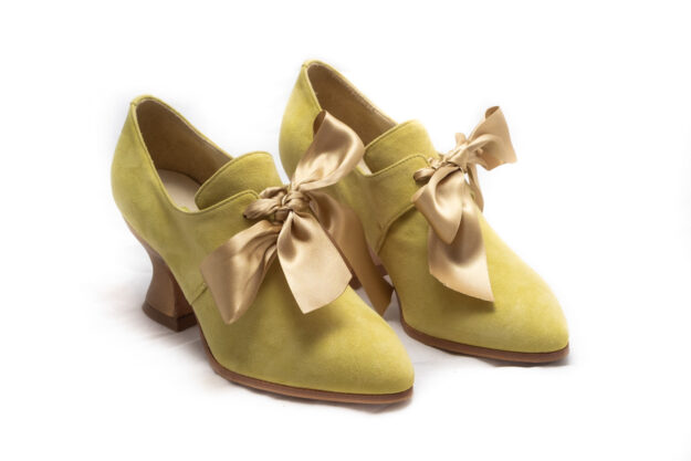 calzatura 700 verde camoscio nicolao atelier