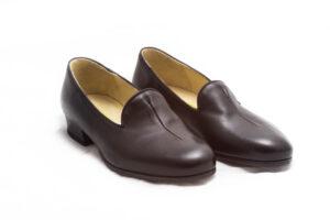 calzatura pantofola nera nicolao atelier venezia