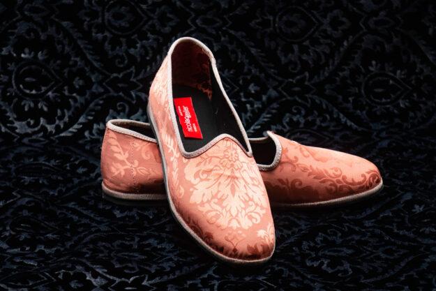 pantofola rosa salmone con ricami nicolao atelier