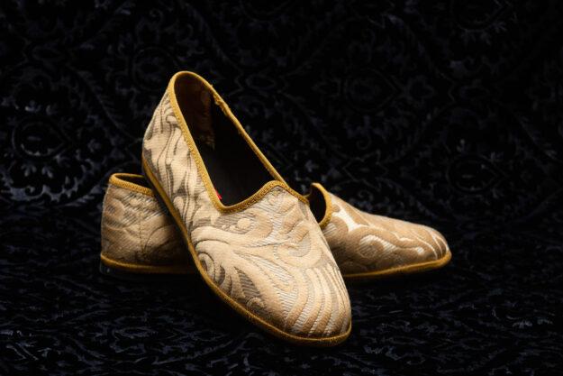 pantofola gialla con ricami donna nicolao atelier