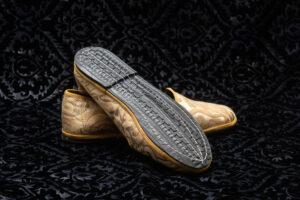 pantofola gialla con ricami donna nicolao atelier 1