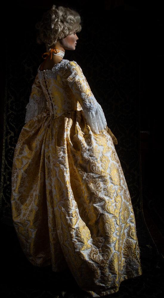 costume taglio storico lampasso donna nicolao atelier venezia 5
