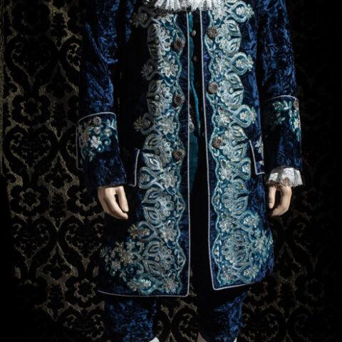 costume d'epoca velluto goffrato blu nicolao atelier venezia