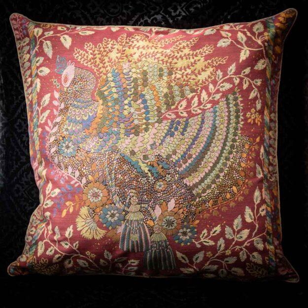 cuscino in seta pavone nicolao atelier venezia